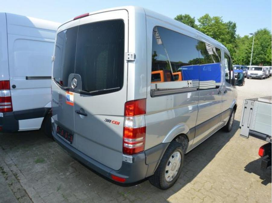 Mercedes-Benz Sprinter 311 CDI Kombi, 02