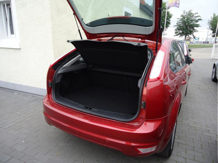 Ford FOCUS STYLE 1.6, 04
