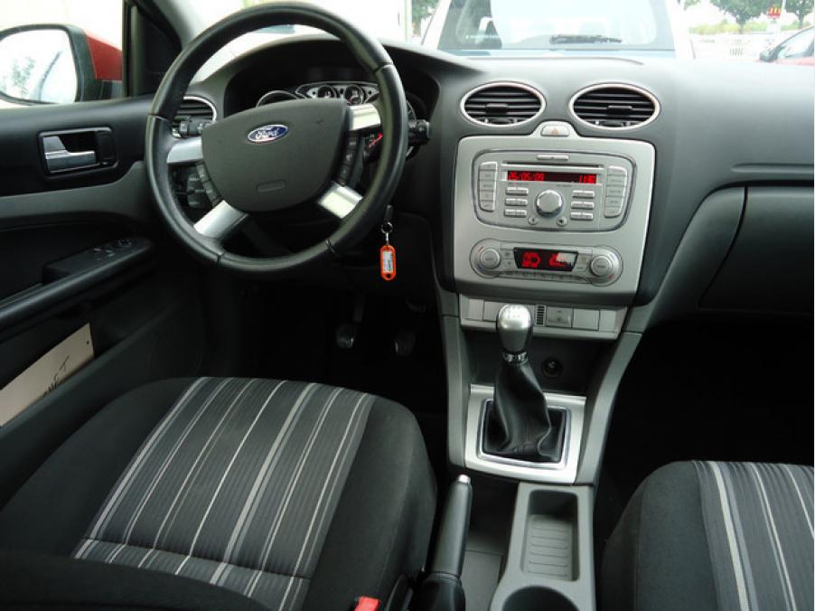 Ford FOCUS STYLE 1.6, 05
