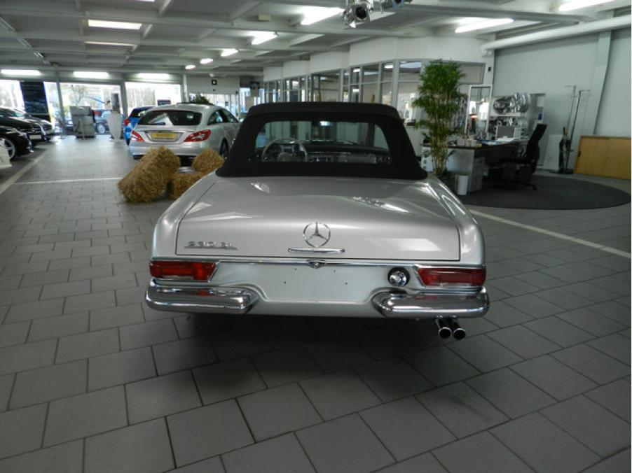 Mercedes-Benz 230 SL Roaster, 04