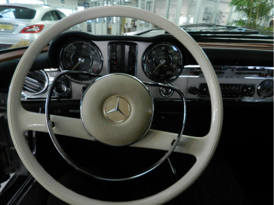 Mercedes-Benz 230 SL Roaster, 09