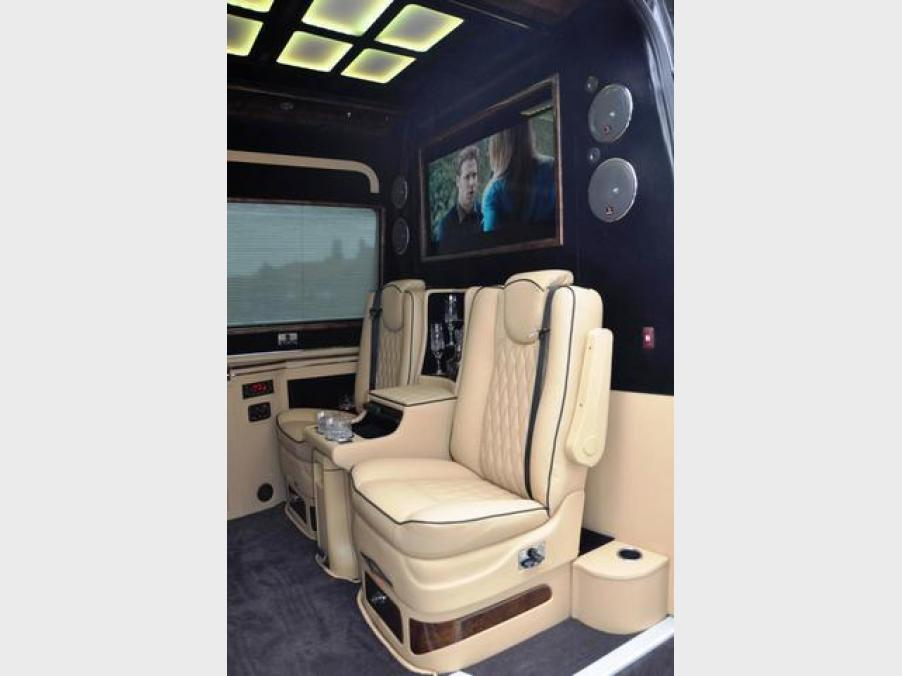 Mercedes-Benz Sprinter 324, 09