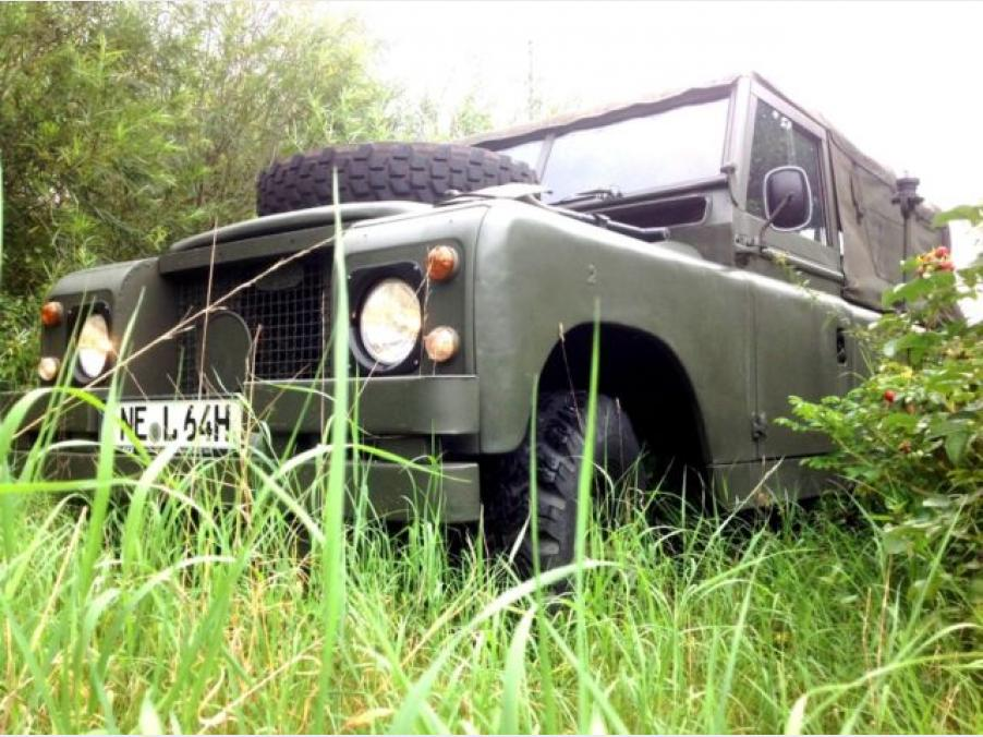 Land Rover Defender, 01