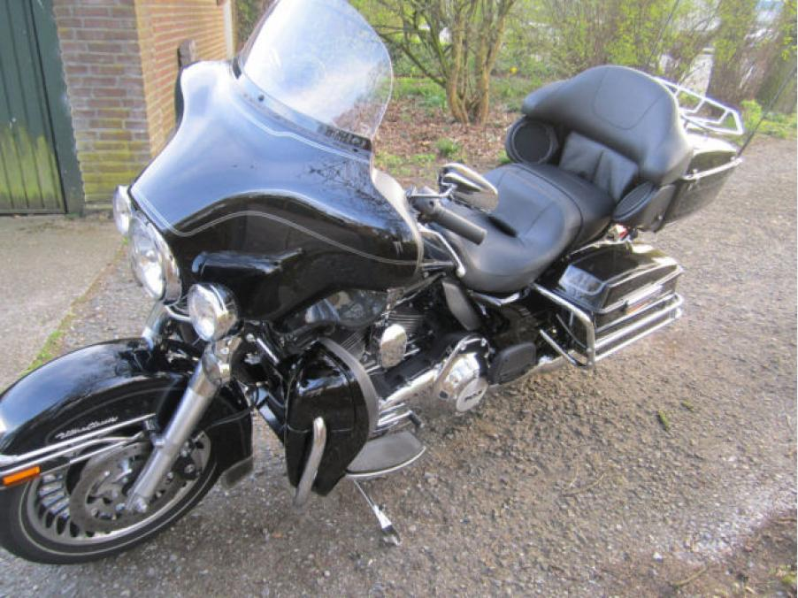 Harley-Davidson Electra Glide Ultra Classic 103, 09