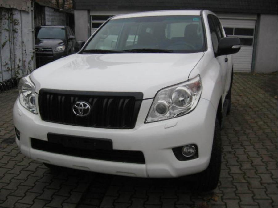 Toyota Land Cruiser 3.0, 01