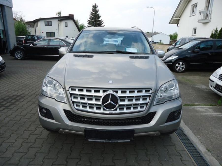 Mercedes-Benz ML 320 CDI , 02